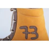 bruno-detail-jeunesse-chaussure-confortho